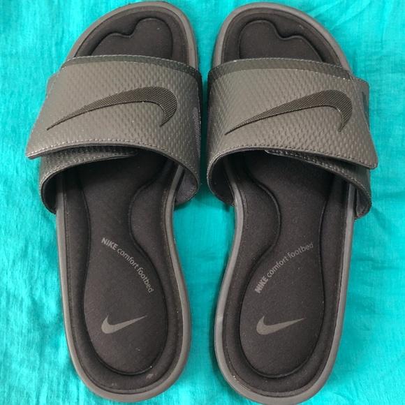 761ebbb5a Nike Men s Solarsoft Comfort Slide Sandals. M 5ca0fb9fafade8d79dbd8a89